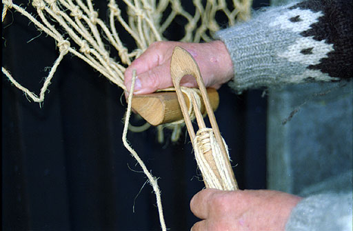 Old ways of working at a farm or as a fisherman for How to make a fishing net